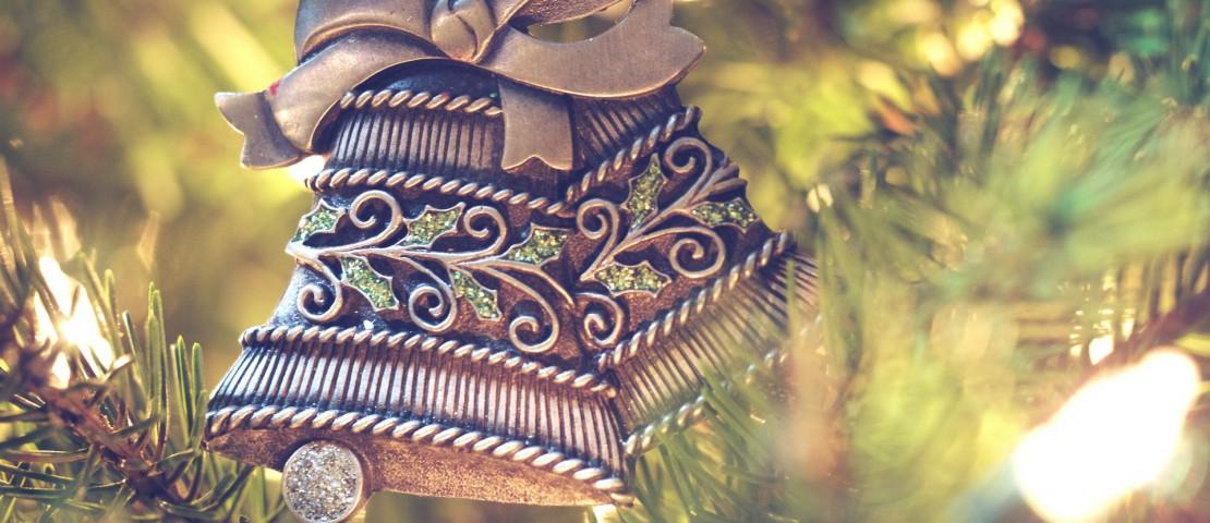 christmas-decorations-1150015_1920-1110×480