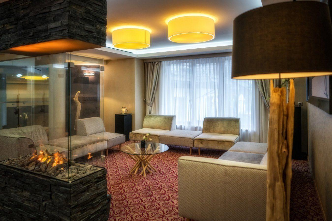 hotel_czarny_gronHotelCzarnyGron_072017_359copy
