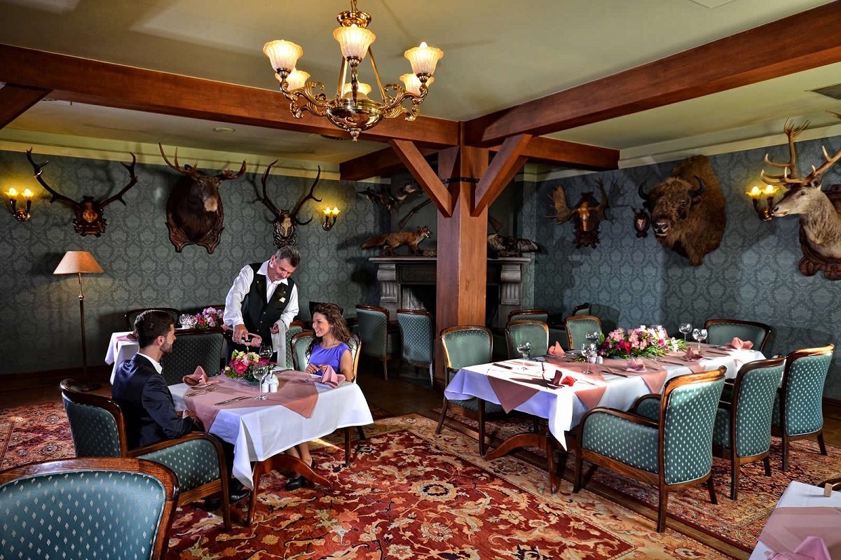 restauracja-obiad-hotel