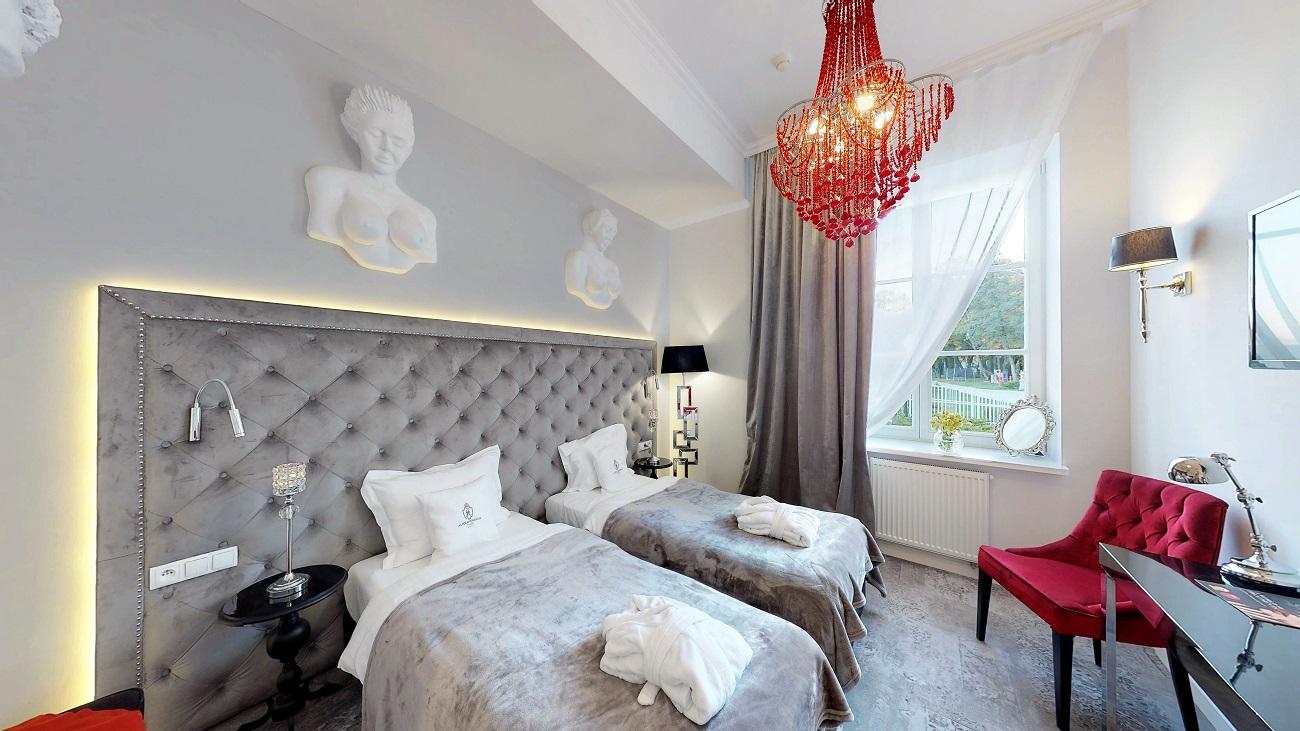 Hotel-Alexandrinum-Rezydencja-Pokoj-2-osobowy-z-dwoma-ozkami-10232018_204016X