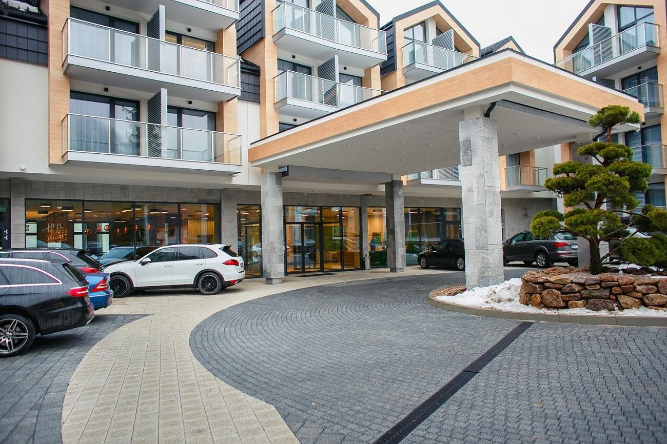 Hotel wejście.